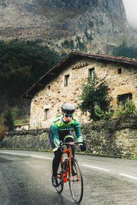 La ciclista Ziortza Isasi